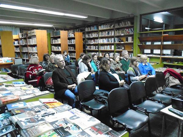 Biblioteca Popular Bernardino Rivadavia presenta Tierra en Sombras 3