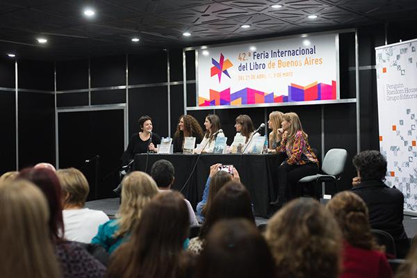 Feria Internacional del Libro de Buenos Aires con Camucha Escobar 10