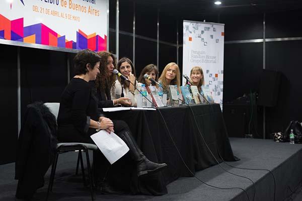 Feria Internacional del Libro de Buenos Aires con Camucha Escobar 14