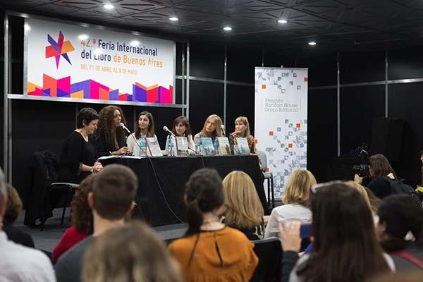 Feria Internacional del Libro de Buenos Aires con Camucha Escobar 16