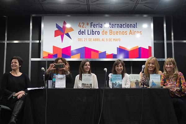 Feria Internacional del Libro de Buenos Aires con Camucha Escobar 2