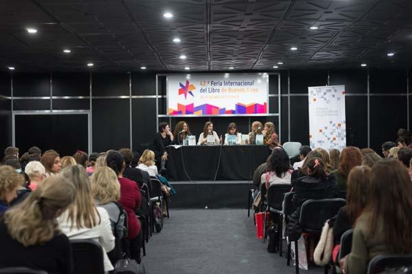 Feria Internacional del Libro de Buenos Aires con Camucha Escobar 20