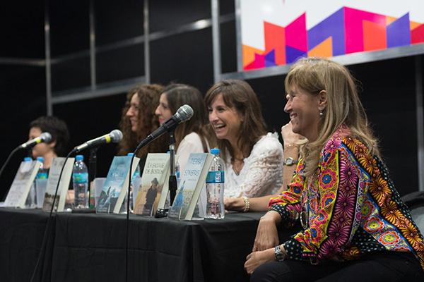 Feria Internacional del Libro de Buenos Aires con Camucha Escobar 3