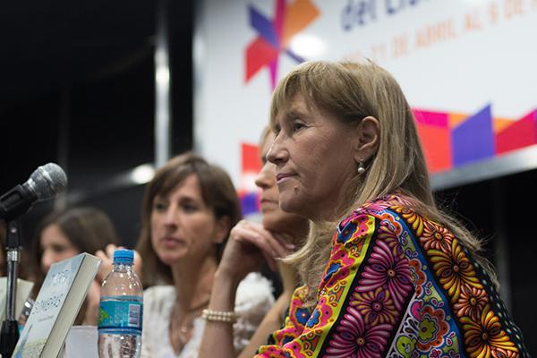 Feria Internacional del Libro de Buenos Aires con Camucha Escobar 7